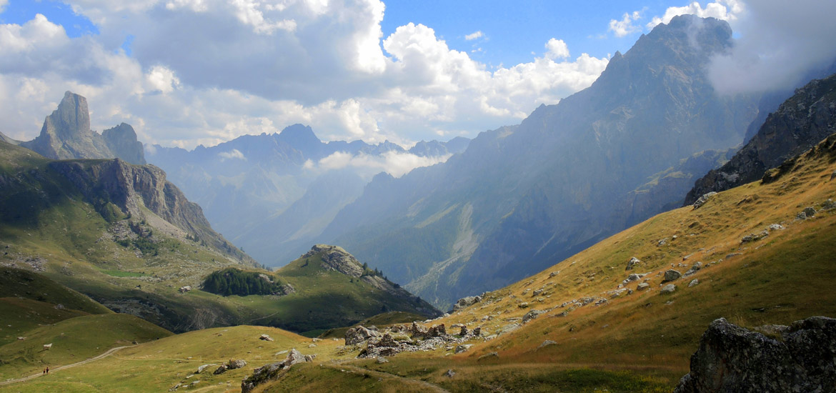 Hiking in the Alps of Piedmont: trekking tour in Maira Valley