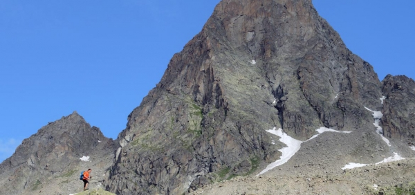 Mountaineering experience to Piantonetto Valley Peaks, in Gran Paradiso National Park