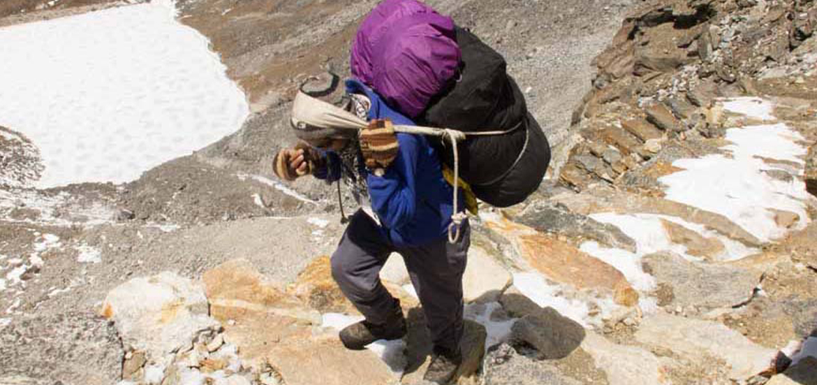 Nepalese Porter en route to Gokyo Pass