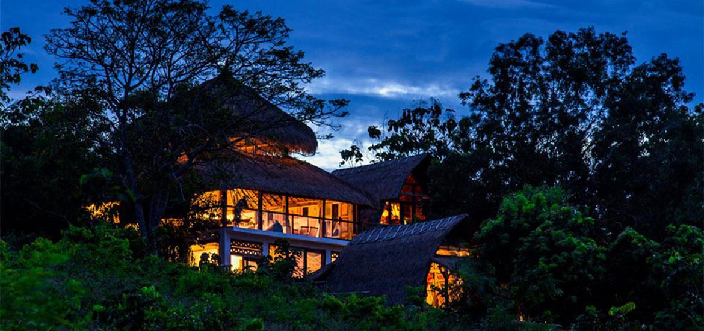 Verticalife surf house in Bali