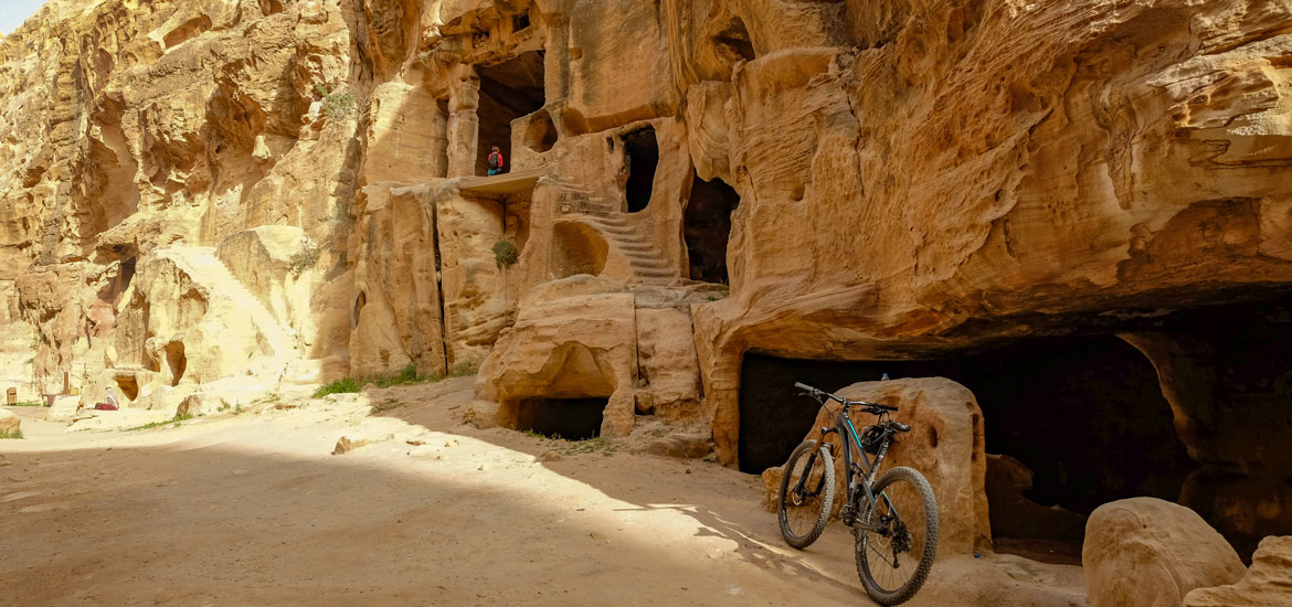 Giordania: tour mountain bike da Petra al Mar Morto