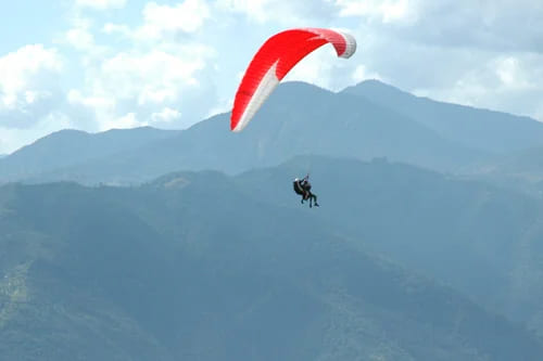 Piedmont: paragliding experiences and tours