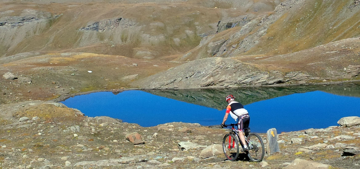 Escursioni, tour e weekend di mountain bike ed e-bike e vacanze in bicicletta nel Gran Paradiso
