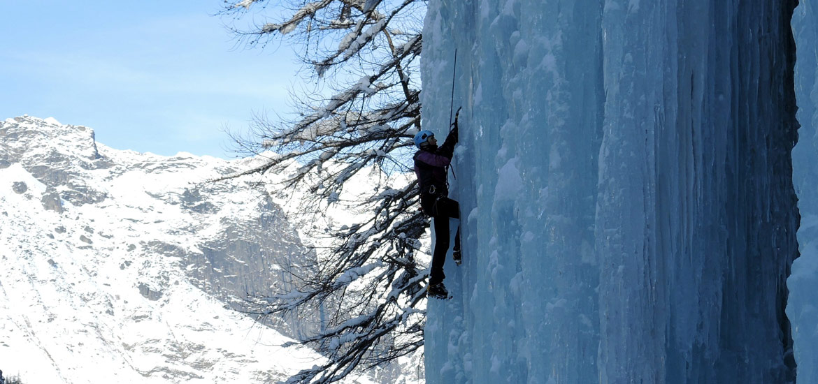 Ice climbing excursions and tours in Italy