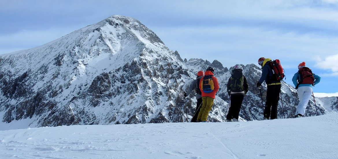 Off-piste skiing and snowboarding excursions and tours near Turin