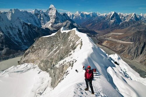 Mountaineering experiences and tours