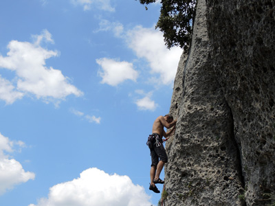 Rock climbing in the Alps of Italy: experiences and tours
