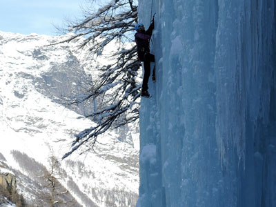 Ice climbing weekend with certified Alpine Guide