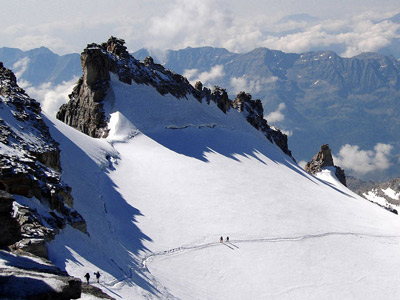 Ski touring - Gran Paradiso summit climb with Alpine Guides