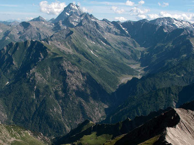Alps of Piedmont - hiking tour Val Pellice hut to hut