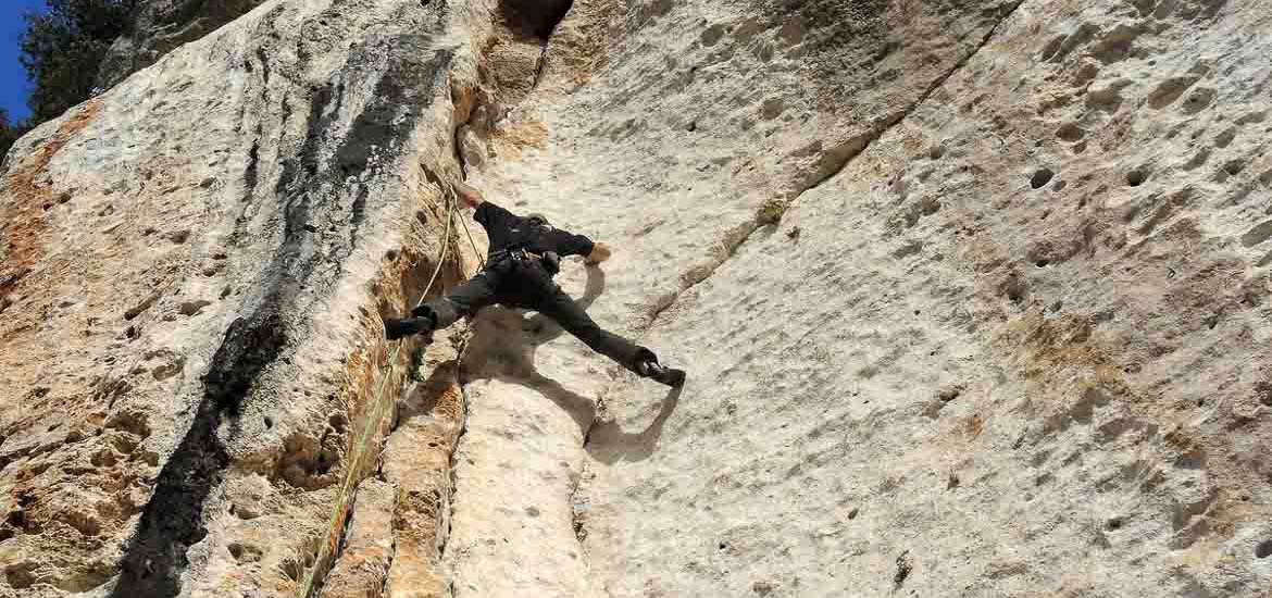 Rock climbing in Finale Ligure - Sport Climbing Course
