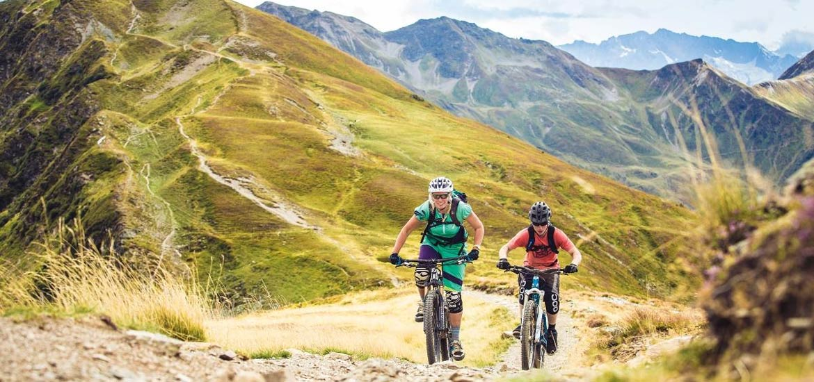 E-bike and MTB tour in Piedmont