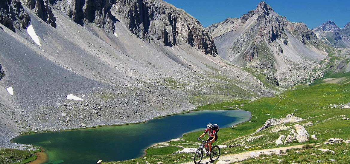 E-bike and MTB tour in Maira Valley, Piedmont