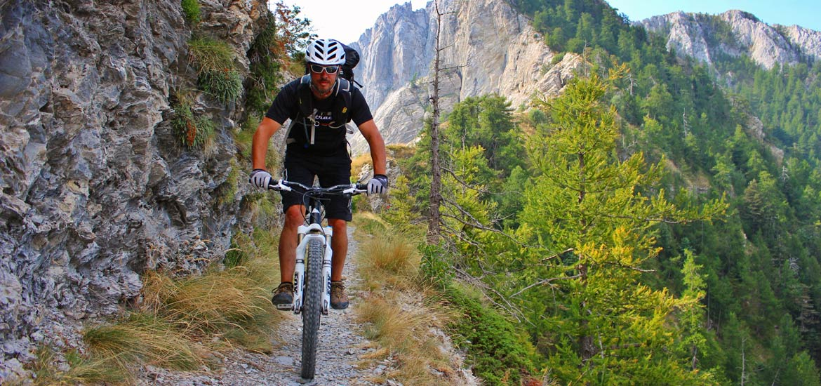 Bike tour in Piemonte and Liguria, Via del Sale route in MTB