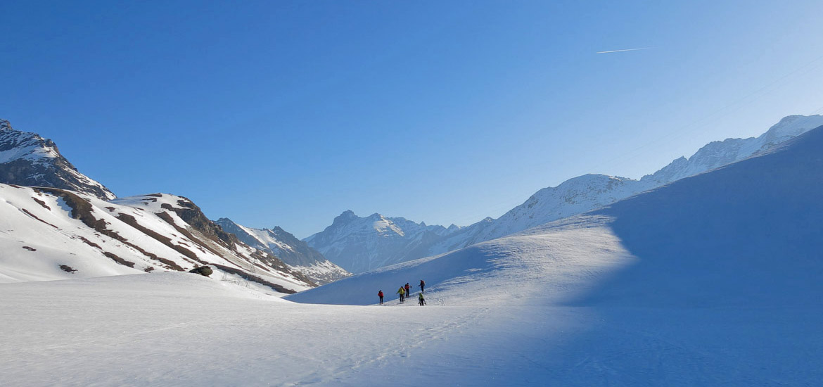 Ski touring raid in Gran Paradiso National Park
