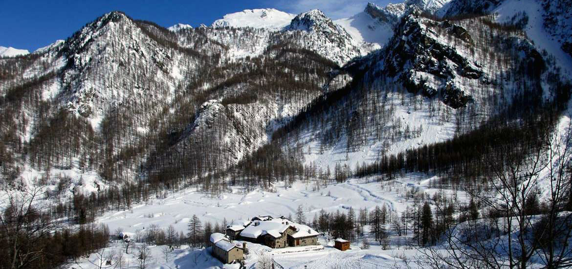Alps of Piedmont: snowshoeing tour in Val Maira