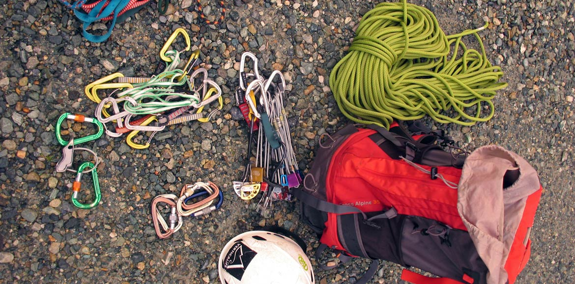rock climbing and mountaineering equipment rental in Turin - Piedmont