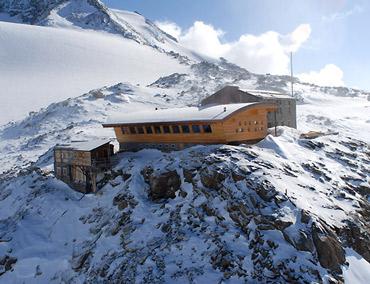 Ufficio Guide Monte Rosa : Massiccio del monte rosa picture of monterosa ski gressoney la