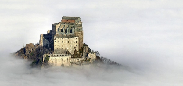 Sacra di San Michele Abbey - Hiking tour with Guide - Turin